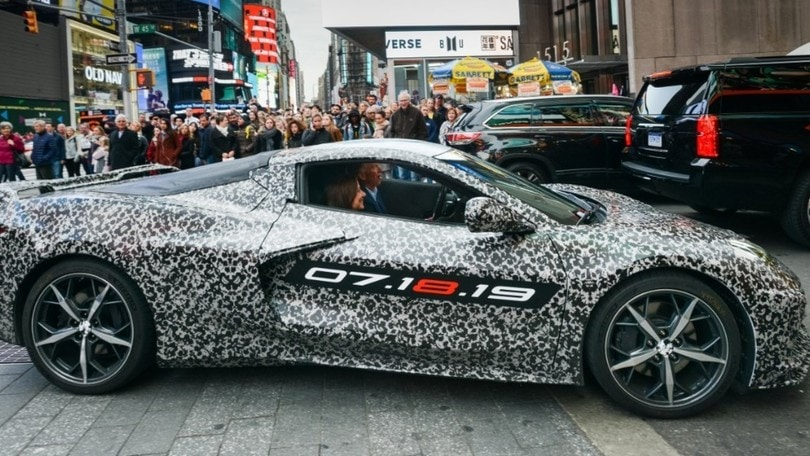 Chevrolet Corvette C8, il ruggito del motore (Video)