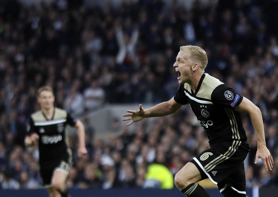 Tottenham-Ajax 0-1: decide il gol di Van de Beek