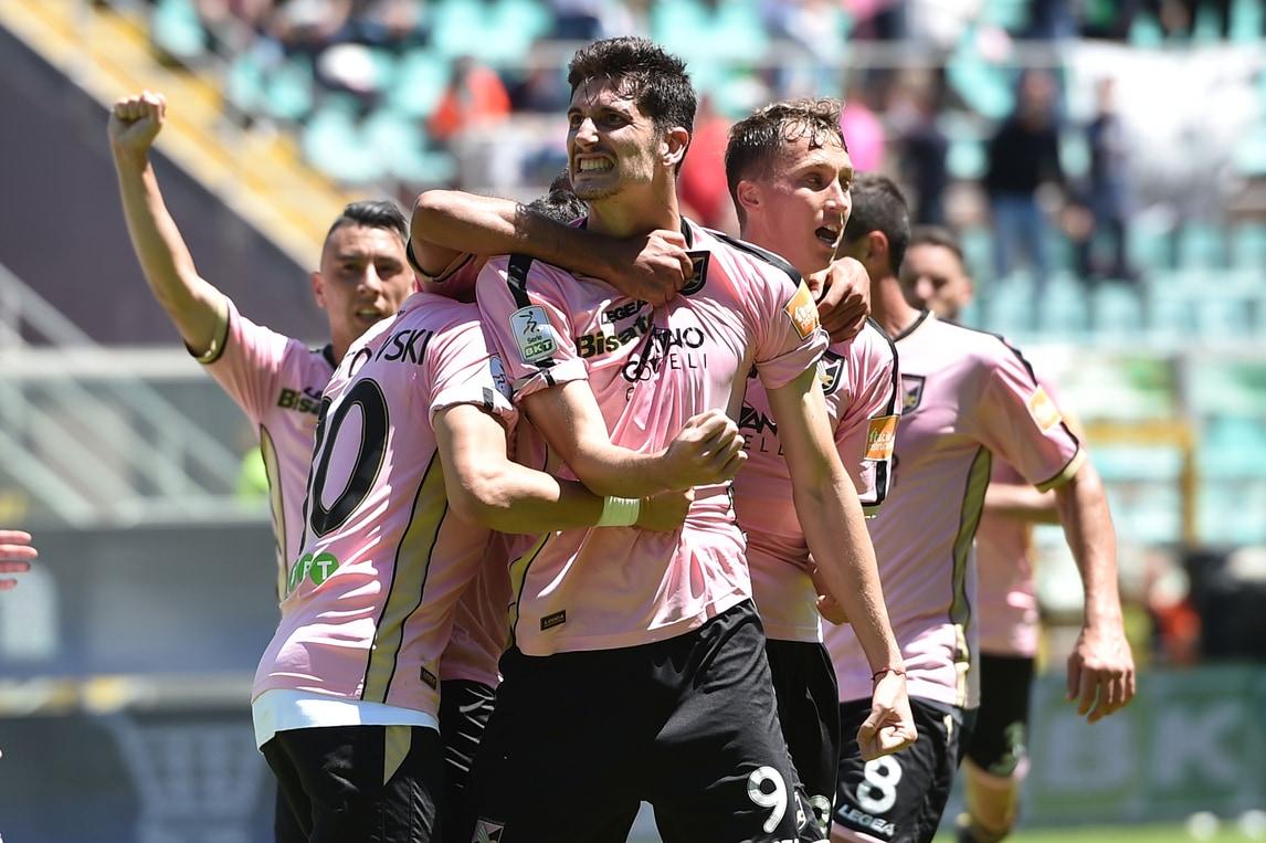 Palermo, solo 2-2 con lo Spezia: occasione per Brescia e Lecce