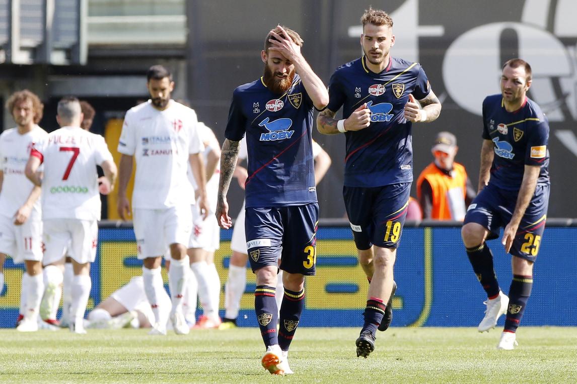 Serie B, niente festa per il Lecce. Salvezza Crotone, chance persa dal Benevento