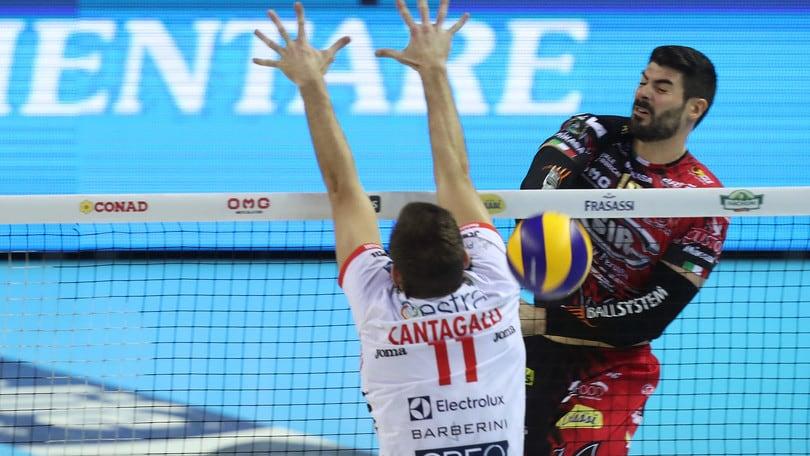 Volley: Superlega, Finale scudetto, Perugia prova di forza in Gara 1