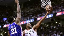 Embiid fa 33. Nei playoff NBA Philadelphia batte Toronto e si porta sul 2-1