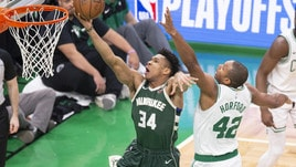 Nba, Antetokounmpo ne fa 32: Milwaukee avanti contro Boston