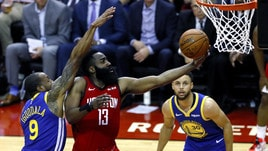 NBA Playoff, Houston batte Golden State all'overtime: Warriors sul 2-1