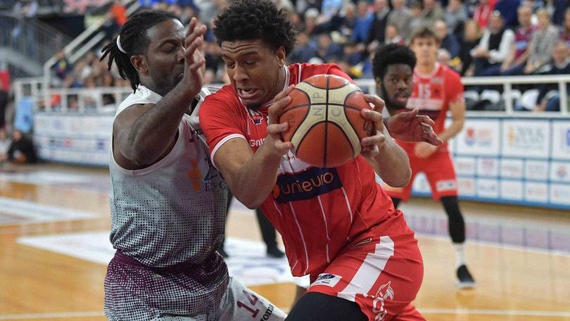 Basket, playoff Serie A2: Verona ai quarti, Latina e Rieti andranno a gara 5
