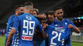 Serie A, Napoli-Cagliari 2-1: Mertens e Insigne, rimonta e secondo posto aritmetico