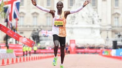Atletica, Kipchoge vuole scrivere la storia della maratona