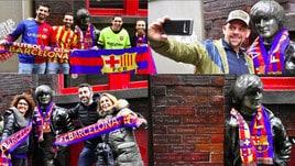 Liverpool, la statua di John Lennon con la sciarpa del Barcellona