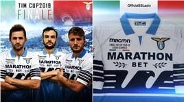 Lazio, nuovo look: svelata la maglia per la finale