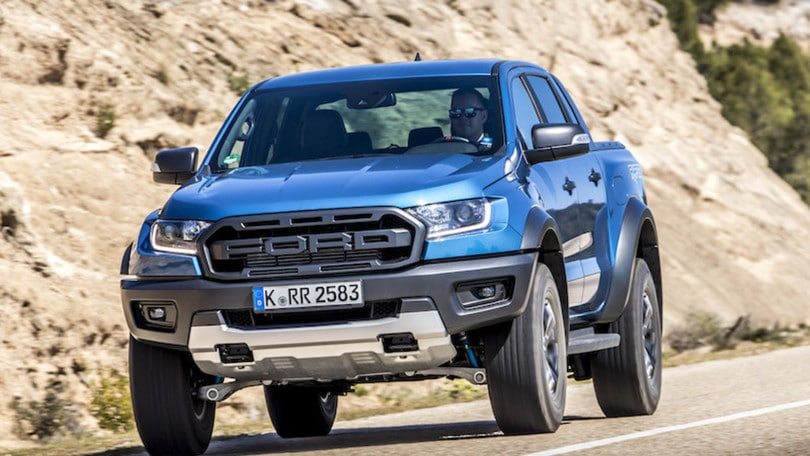 Ford Ranger Raptor, la prova su strada del super pick up