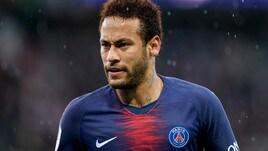 Psg, pugno a tifoso: tre turni di squalifica per Neymar