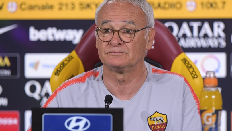 Ranieri: «Proviamo ad arrivare in Champions, poi finirà il mio lavoro a Roma»