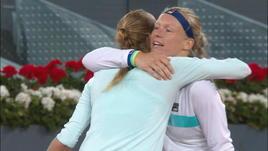Madrid, Bertens batte Kvitova (6-2 6-3) e vola in semifinale