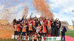 Dal sogno alla realtà: il Lecce celebra il ritorno in A