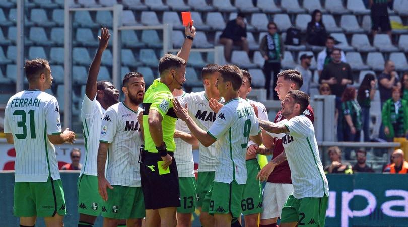 Serie A, il giudice sportivo ferma sette giocatori
