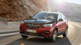Opel, ecco il Suv elettrificato Grandland X Plug-In Hybrid