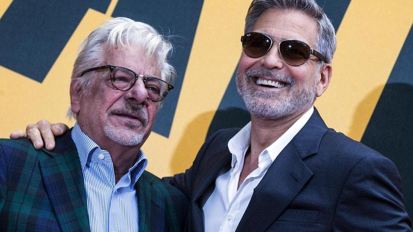 Catch-22, George Clooney: «Racconto l'assurdità della guerra»