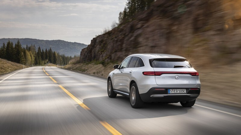 Nuova Mercedes EQC: il suv elettrico firmato EQ VIDEO