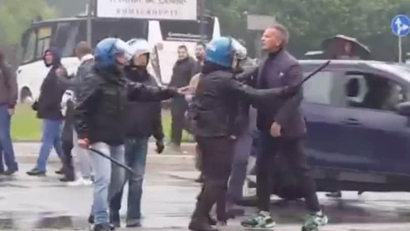Atalanta-Lazio, un tifoso insulta Mihajlovic: il tecnico del Bologna è una furia