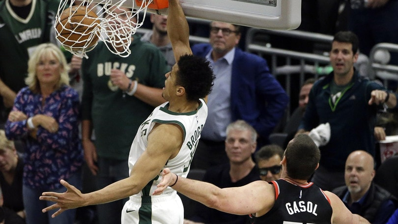 NBA Playoff: Milwaukee vince Gara 1 contro Toronto