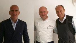 Di Canio e Marchegiani in cucina con lo chef Lele Usai