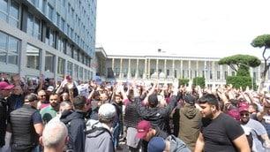 Le foto della contestazione della Curva Sud contro la Roma