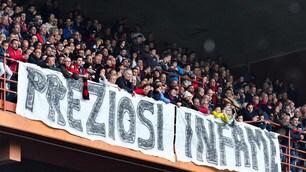 Genoa fermato in casa dal Cagliari, i tifosi contestano Preziosi