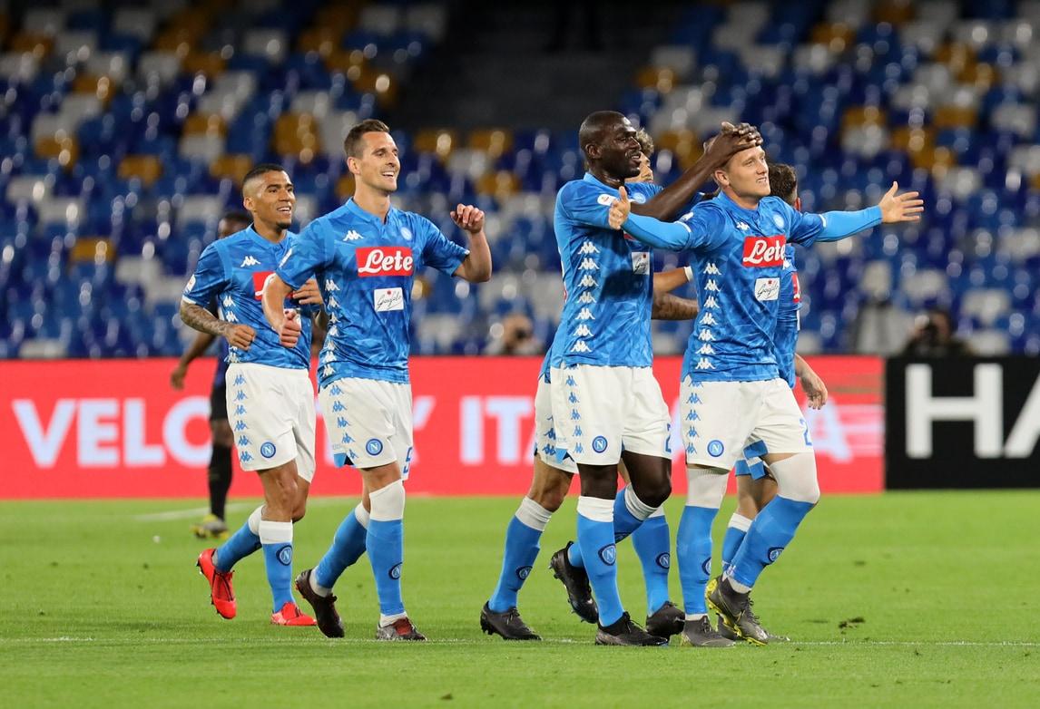 Napoli show, che poker all'Inter