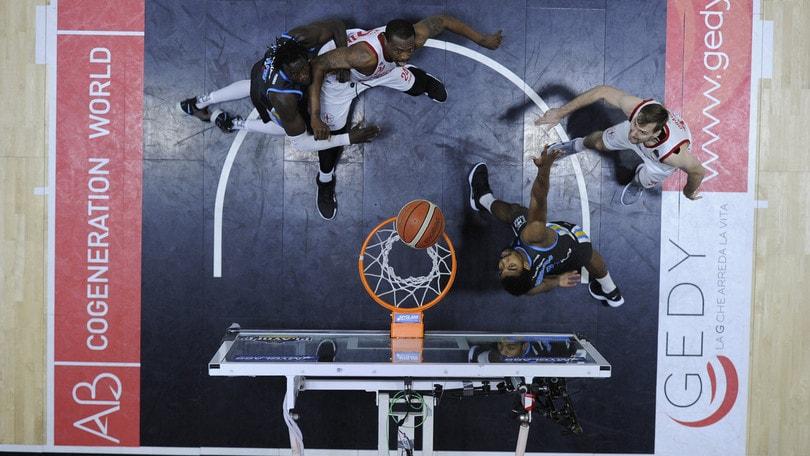 Basket, play-off A1: successi per Cremona e Venezia