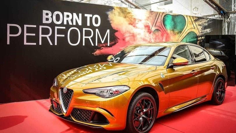 Alfa Romeo, la Giulia Quadrifoglio in ocra per le Mille Miglia