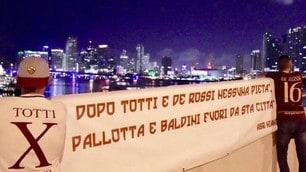 La Roma scarica De Rossi: ecco gli striscioni dei tifosi per il capitano