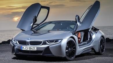 Nuova BMW i8, entro il 2019 la decisione: ibrida o elettrica