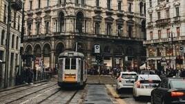 Milano, mezzi Atm fermi tre mesi l'anno per le soste selvagge