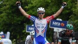 Giro: Demare vince a Modena, secondo Viviani
