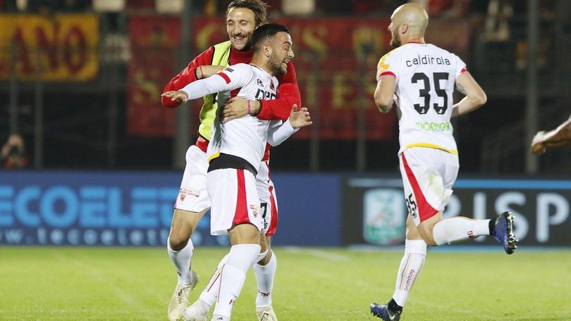 Serie B, i bookmaker: Benevento da finale