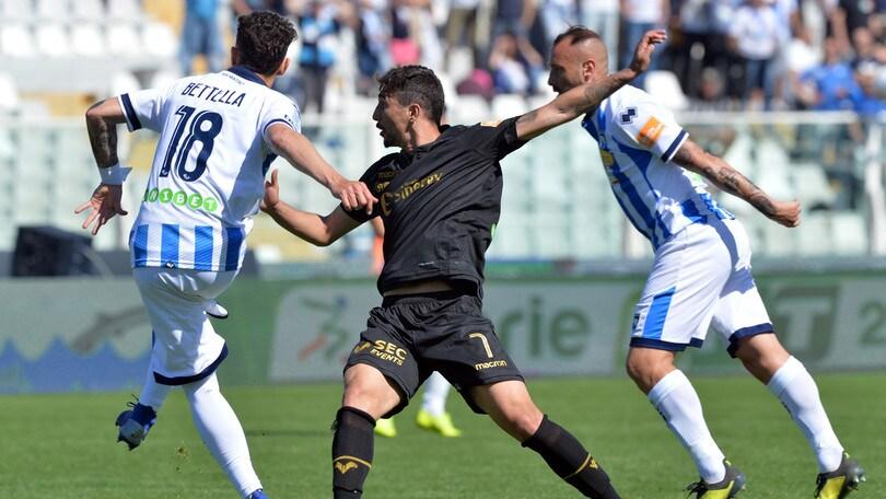 Diretta Pescara-Verona alle 21, probabili formazioni. Dove vederla in tv