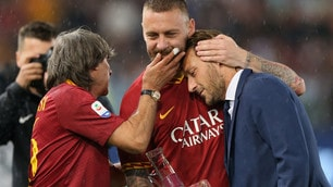 Roma, che emozioni per l'addio di De Rossi: in lacrime anche Totti