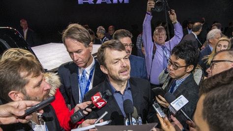 """La fusione FCA-Renault piace a Parigi. Manley:  """"Nuova società entro un anno"""""""