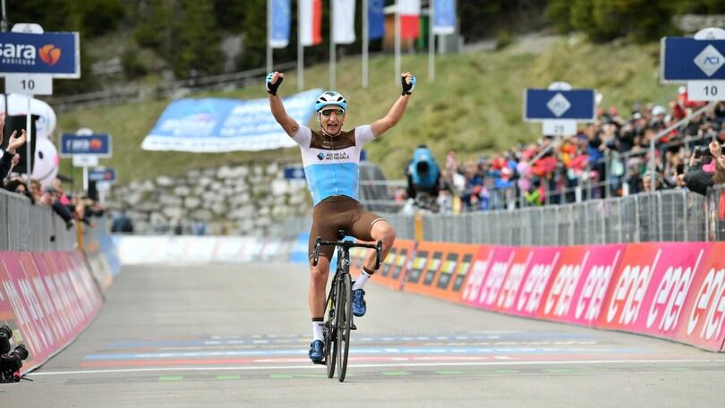 Peters vince la 17ª tappa del Giro d'Italia: Carapaz allunga su Nibali e Roglic