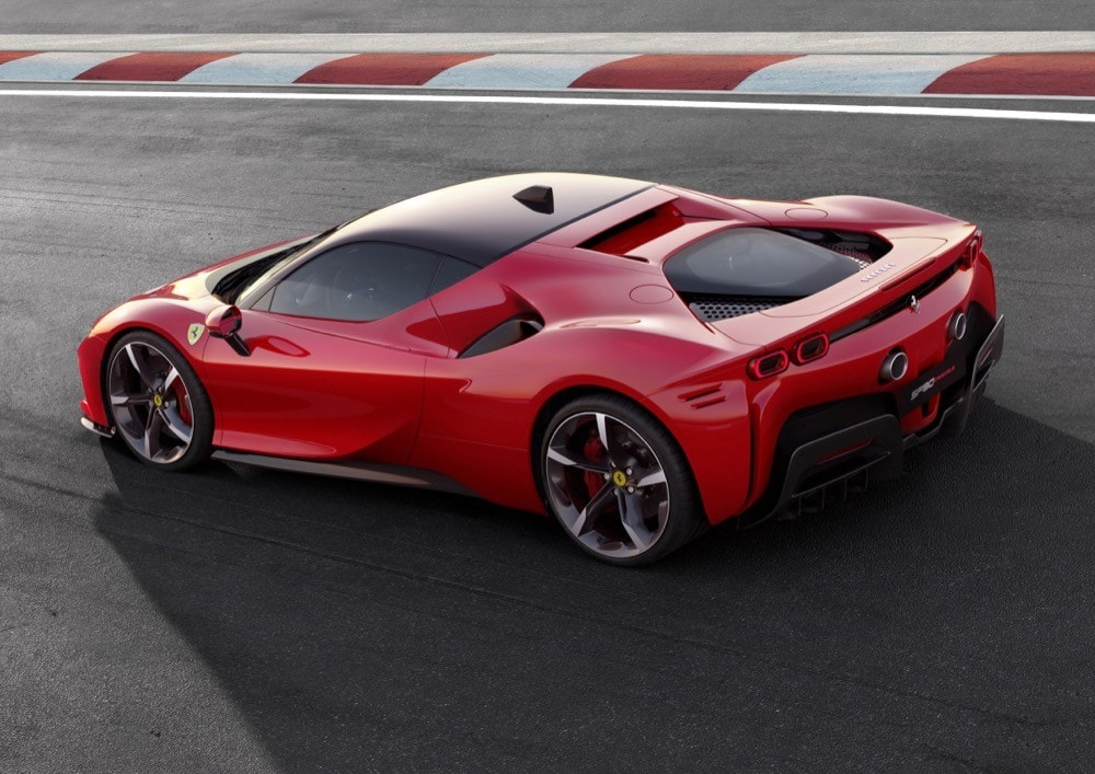 Ferrari SF90 Stradale: FOTO
