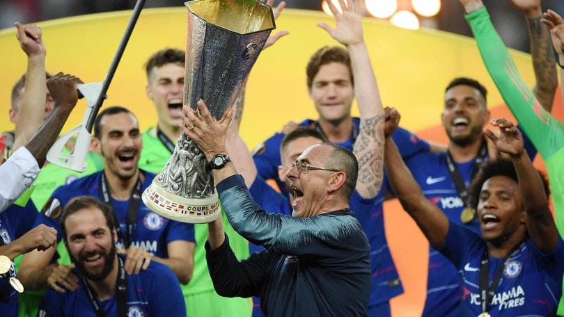 Risultati immagini per sarri chelsea europa league