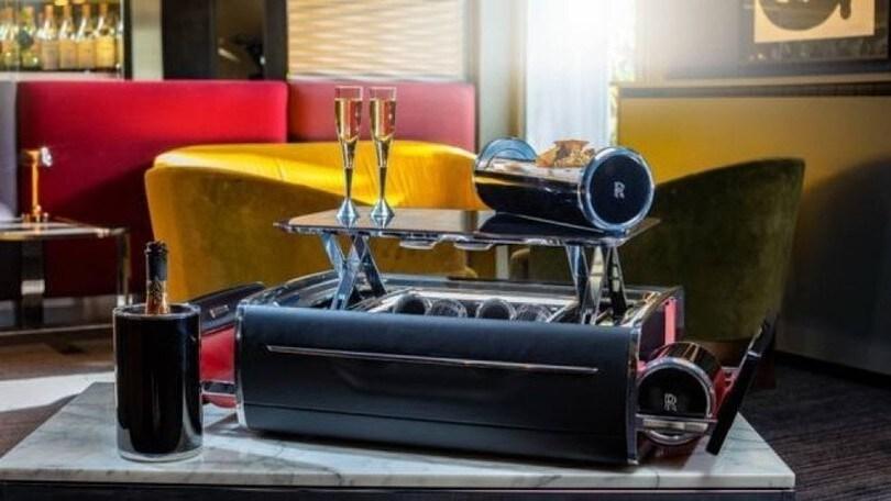 Rolls Royce extralusso, un optional da 42mila euro per lo champagne
