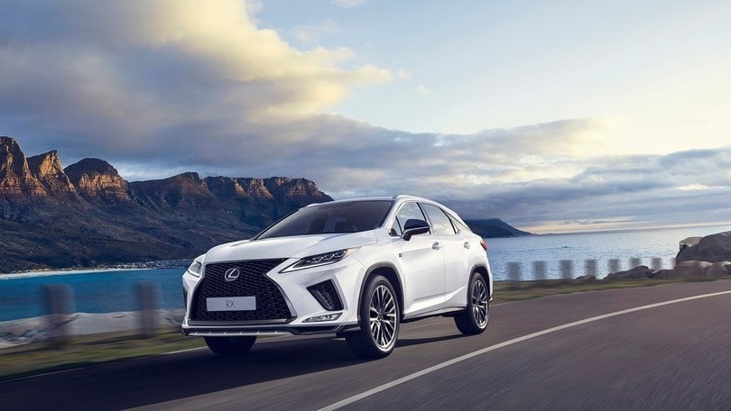 Lexus RX restyling 2020, nuovo assetto e infotainment