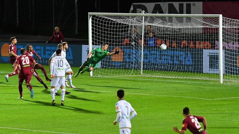 Finale playoff, Diaw stende il Verona: 2-0 e primo round al Cittadella