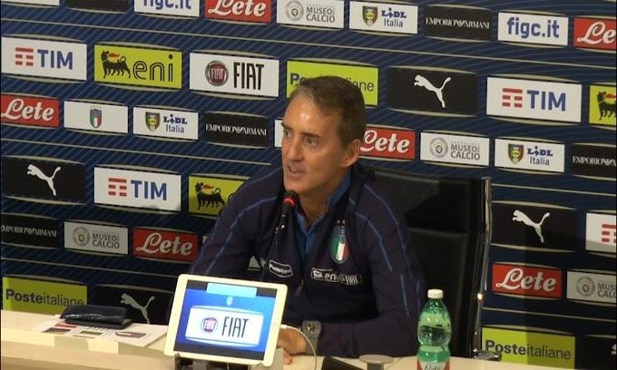 """Mancini: """"Sarri alla Juve? Non mi preoccupa.."""""""
