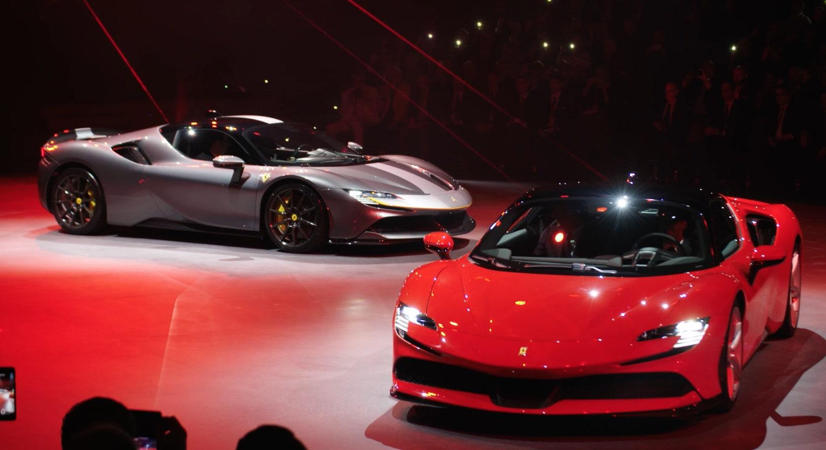 Ferrari SF90 Stradale: la presentazione stellare VIDEO