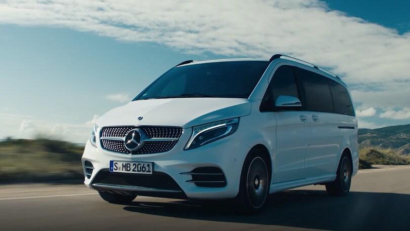 Nuova Mercedes Classe V: restyling al primo test
