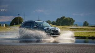 Subaru Forester e-Boxer: gli scatti