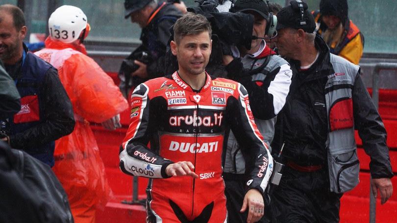Superbike, Bautista domina a Jerez: