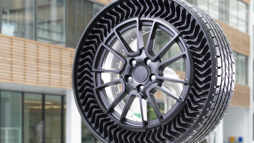 Michelin Uptis, nel 2024 arriva la gomma senz'aria